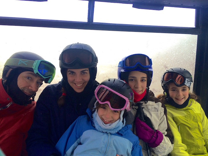 Ten Ways to Create A Family Ski Tradition